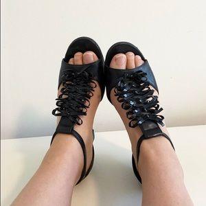 Vaneli bow design wedge sandals